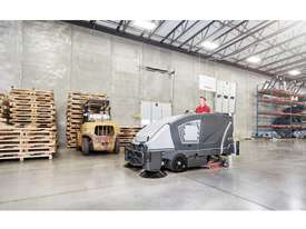 Nilfisk Combination Scrubber/Dryer/Sweeper CS7010 - picture2' - Click to enlarge