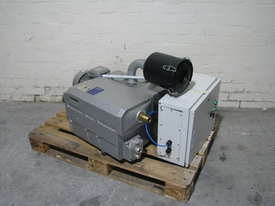Large Vacuum Pump - 160m3/h - picture0' - Click to enlarge