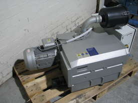 Large Vacuum Pump - 160m3/h - picture1' - Click to enlarge