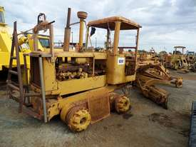 1964 Caterpillar 21F Grader *DISMANTLING* - picture1' - Click to enlarge