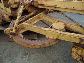 1964 Caterpillar 21F Grader *DISMANTLING* - picture9' - Click to enlarge