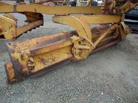 1964 Caterpillar 21F Grader *DISMANTLING* - picture12' - Click to enlarge