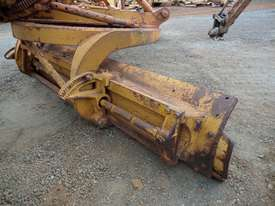 1964 Caterpillar 21F Grader *DISMANTLING* - picture13' - Click to enlarge