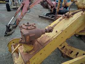 1964 Caterpillar 21F Grader *DISMANTLING* - picture17' - Click to enlarge