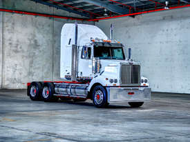 WESTERN STAR FXB - PRIME MOVER - picture0' - Click to enlarge
