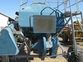 Gyral STR Air Seeders/Air Carts - picture2' - Click to enlarge