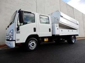 Isuzu NPR300 Cab chassis Truck - picture0' - Click to enlarge
