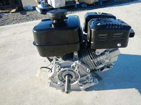 Unused Robin EX270 9HP Petrol Engine - 2583248 - picture2' - Click to enlarge
