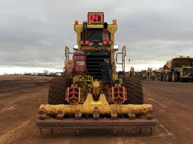 Komatsu GD825A-2 Grader - picture3' - Click to enlarge