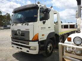 HINO FY700 Tilt Tray Truck - picture3' - Click to enlarge