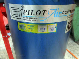 Pilot K30 Air Compressor - picture2' - Click to enlarge