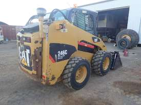 Caterpillar 246C Wheeled Skidsteer Loader - picture2' - Click to enlarge