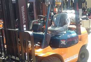 TOYOTA 7FG25 FORKLIFT 4000MM LIFT HEIGHT SIDE SHIFT GOOD CONDITION