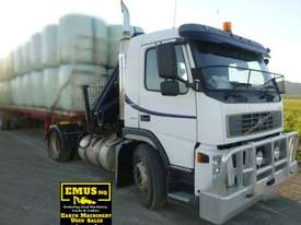 Volvo FM9 single axle Prime Mover with Crane. EMUS TS430 - picture1' - Click to enlarge