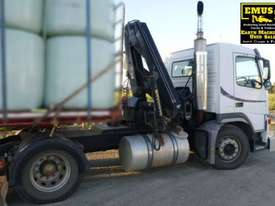 Volvo FM9 single axle Prime Mover with Crane. EMUS TS430 - picture2' - Click to enlarge