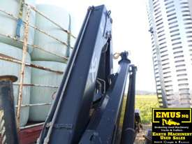 Volvo FM9 single axle Prime Mover with Crane. EMUS TS430 - picture4' - Click to enlarge