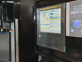 Pinnacle -  Vertical Machining Center - Linear Guide ways                         FANUC Smart Panel  - picture3' - Click to enlarge