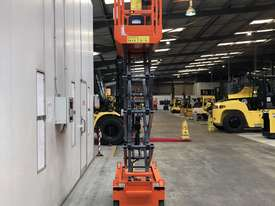 Dingli 5.6m Compact Scissor Lift - picture2' - Click to enlarge