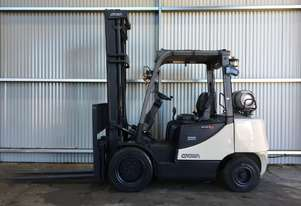 Gas Forklift Counterbalance CG Series 2010