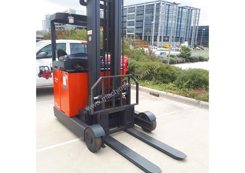 Used Forklift:  R20 Genuine Preowned Linde 2t