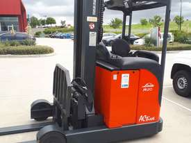 Used Forklift:  R20 Genuine Preowned Linde 2t - picture1' - Click to enlarge