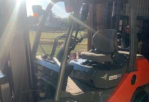 FORKLIFT TO SUIT TRANSPORT YARD