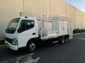 Mitsubishi Canter Service Body Truck - picture0' - Click to enlarge
