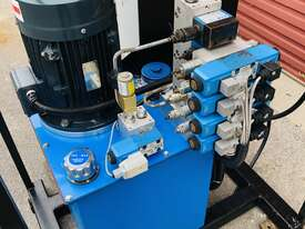 Eaton Hydraulic Power Unit  - picture2' - Click to enlarge