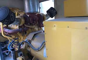 Generator Caterpillar 3412, 750kva with a very low 283 hours. Priced to sell fast!