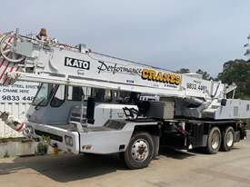 1990 Kato Hydraulic Truck Crane - picture0' - Click to enlarge