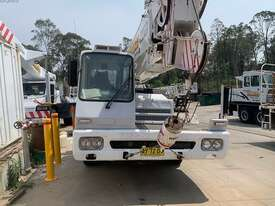 1990 Kato Hydraulic Truck Crane - picture1' - Click to enlarge