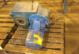 FLENDER CORP GEARCASE ELECTRIC MOTOR 11KW