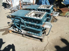 rotary valve - picture2' - Click to enlarge