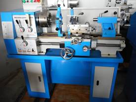 LATHE CQ6133 330X600MM B/C - picture1' - Click to enlarge