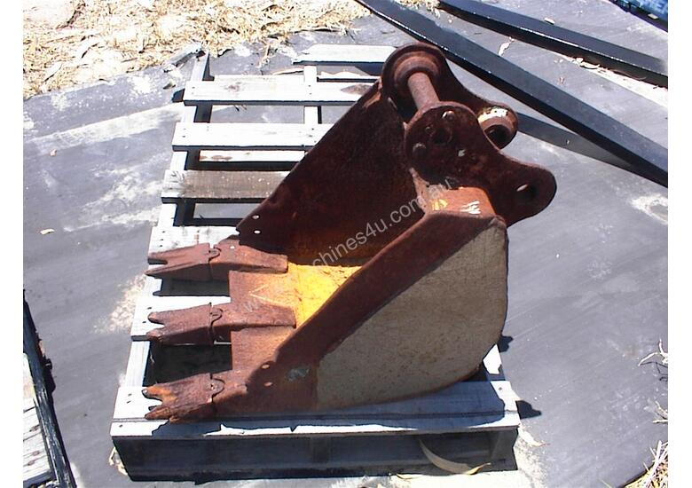 Excavator bucket 400mm 2.5 tonne