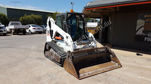 USED BOBCAT T590 TRACKED LOADER WITH ALL OPTIONS