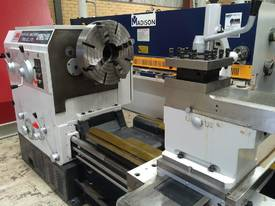 Romac 3 metre 1000mm swing lathe140mm  bore - picture2' - Click to enlarge