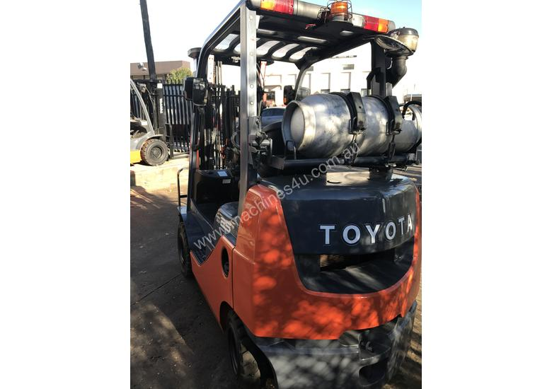 Toyota Forklift 2.5 Ton 4700mm Lift Container Mast