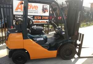 Toyota Late Model Forklift 8FG25 4.7m Lift 2.5 Ton Container Mast Low Hrs
