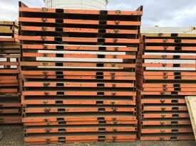 Container packing equipment - picture1' - Click to enlarge
