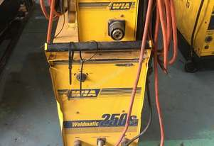 WIA MIG Welder Weldmatic 250s 250 amps 240 Volt with Seperate Wire Feeder SWF