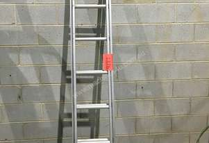 Aluminium Extension Ladder Gorilla Domestic 2.4 - 3.9 Meter
