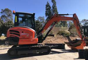 Kubota KX040-4  4.5T Machine Angle Blade, Tilt Bucket, A/C heated Cab