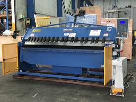 2506NC2 - 2 AXIS NC Programmable Panbrakle Folder - picture0' - Click to enlarge