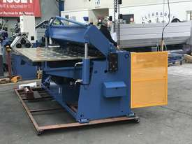 2506NC2 - 2 AXIS NC Programmable Panbrakle Folder - picture5' - Click to enlarge