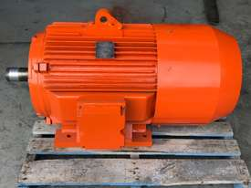 55 kw 75 hp 6 pole 415 volt Brake Electric Motor - picture2' - Click to enlarge