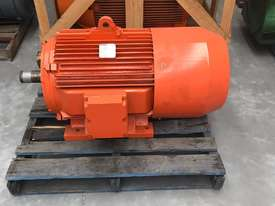 55 kw 75 hp 6 pole 415 volt Brake Electric Motor - picture0' - Click to enlarge