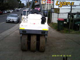 BW 121 roller multi tyred , 3550Kgs , 3696 hrs - picture2' - Click to enlarge