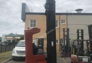 BT high reach - Great Battery still in warranty - 9.5 mtr Lift Height