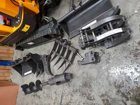 Mini excavator New model rhino xno8    with all attachments  - picture8' - Click to enlarge